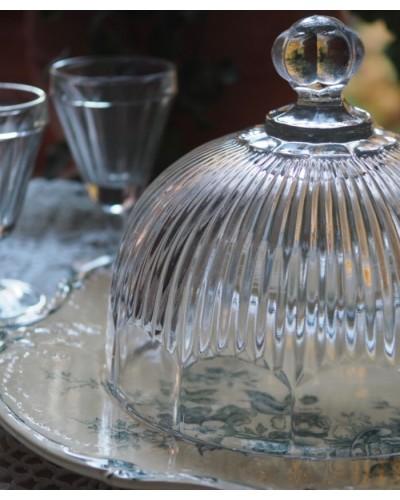シンプルで美しいガラス製ケーキドーム