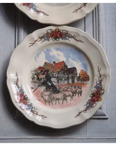 サルグミンヌの絵皿「Obernai」