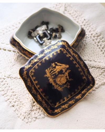 セーブルブルーのジュエリーボックス リモージュ