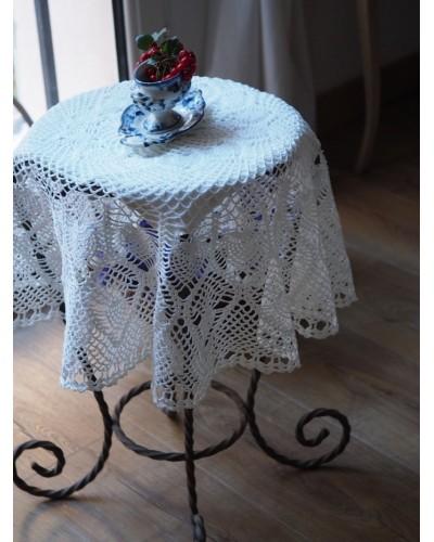 Grand napperon rond en tricot