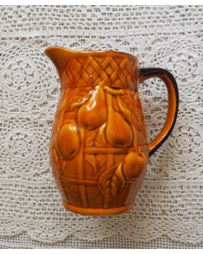 Vase marron décor fruits