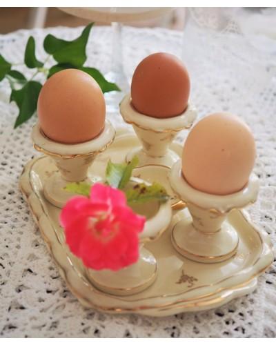美しいリモージュのエッグスタンド