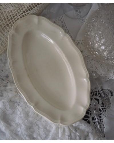 花リム・オフホワイトのオーバル皿 サルグミンヌ