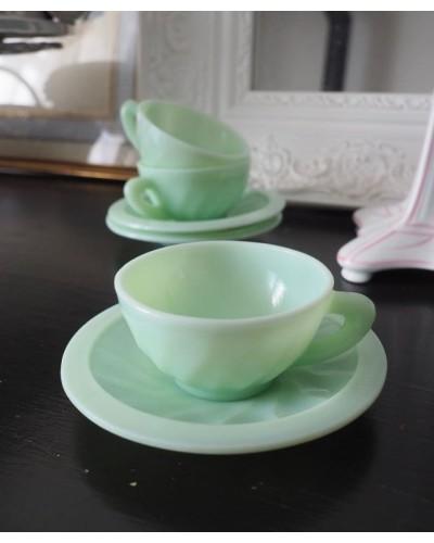 Lot 3 tasses espresso et sous tasse vintage marque Dulciné fablication française verre de lait en opaline 1960