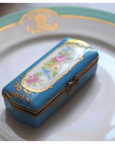 リモージュ製 ジュエリーボックス  ハンドペイント バラ柄