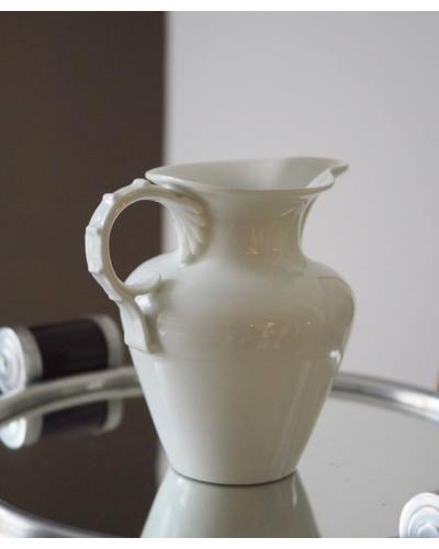 Crémier, Pot à lait blanc porcelaine Sévres 1929