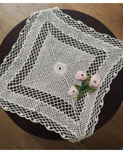 手編みドイリー  バラの花
