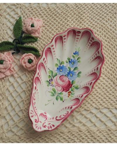 Ravier coquille décor main Rose avec fleurs