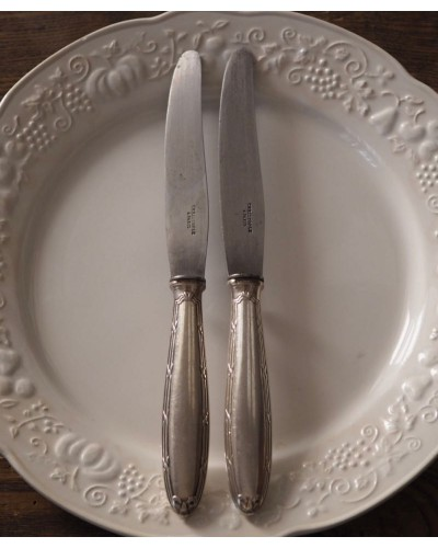 Couteau métal argenté Christofle Paris modèle ruban
