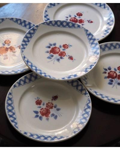 Lot 2 Assiettes semi creuse K&G luneville décor bleu et bouquet rouge