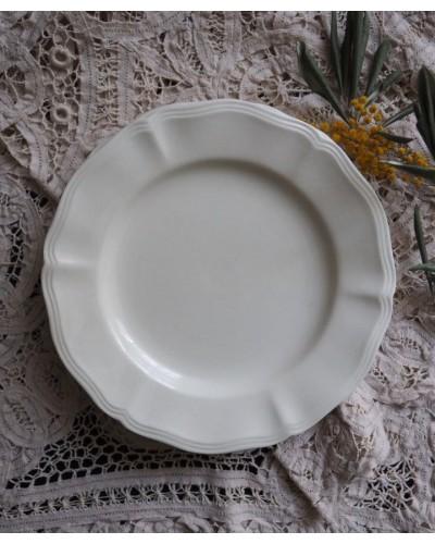 花リム・アイボリーのデザート皿  サルグミンヌ
