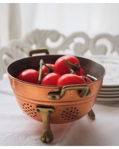 銅製のエグトワール(水切り皿)