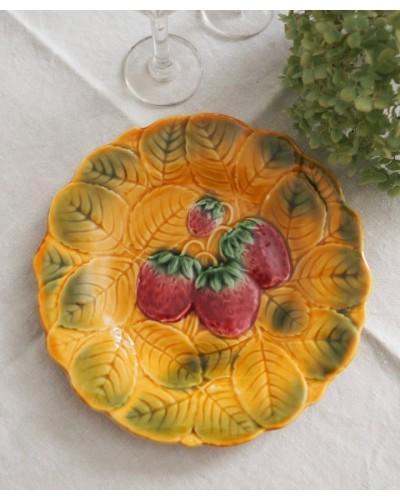 イチゴのバルボティーヌ皿 サルグミンヌ