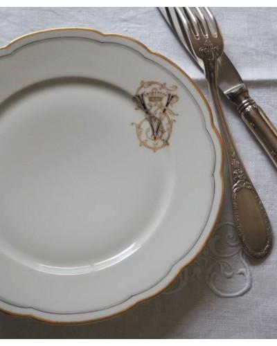 モノグラム付・正統派デザート皿 リモージュ 未使用品