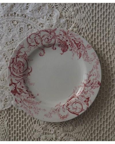 ロカイユ模様のデザート皿 「ヴェルサイユ」リュネヴィル
